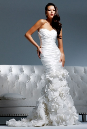 wedding dress collection by celebrity wedding planner david tutera